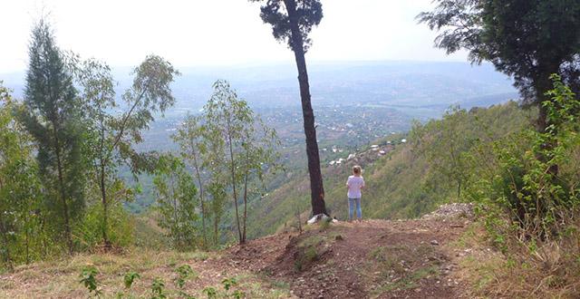Hiking Mount Kigali