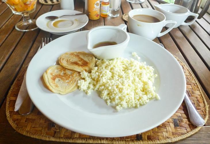 Breakfast, Ruzizi Tented Lodge, Akagera
