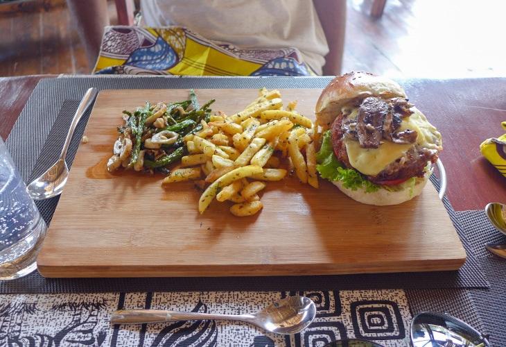 Burger, The Hut, Kigali