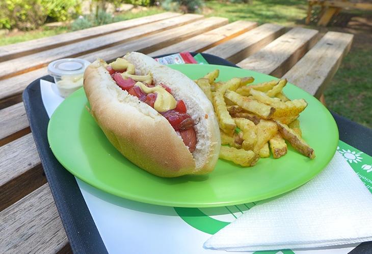 Hotdog, 4 Blooms, Kigali