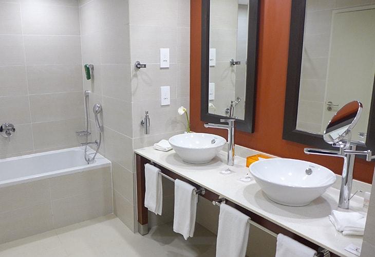 Bathroom, Park Inn by Radisson, Kigali