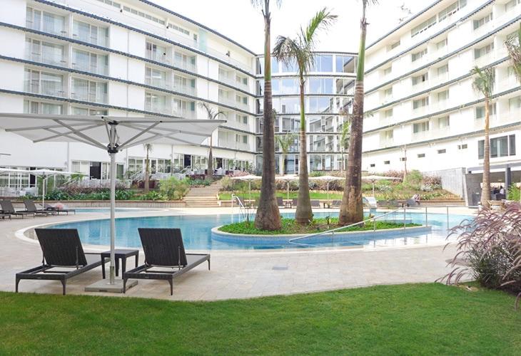 Pool, Radisson Blu, Kigali